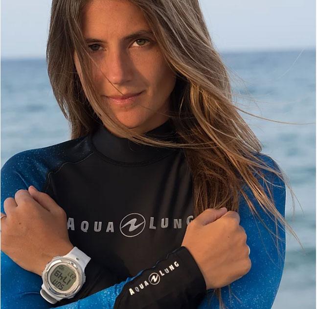 Oceanóloga especializada en tiburones, instructora de buceo y conservacionista